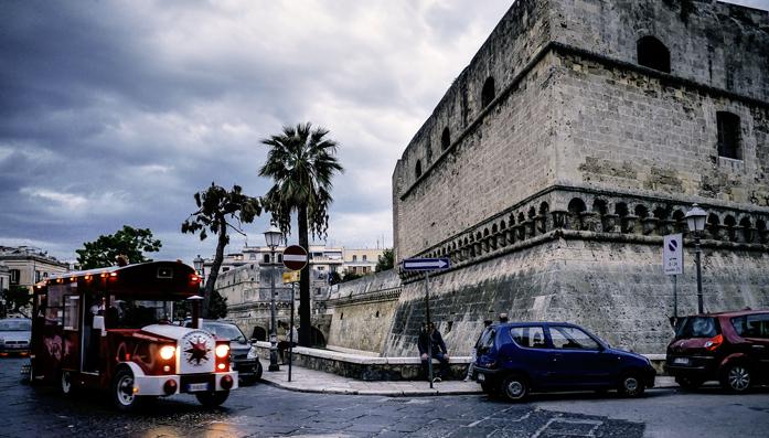Co zwiedzić w Bari - zamek