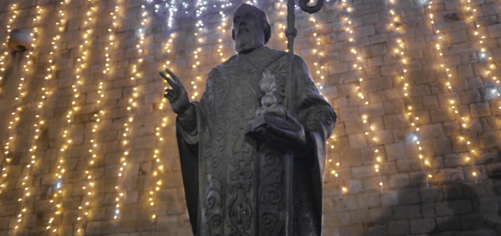 Święty Mikołaj z Bari - pomnik