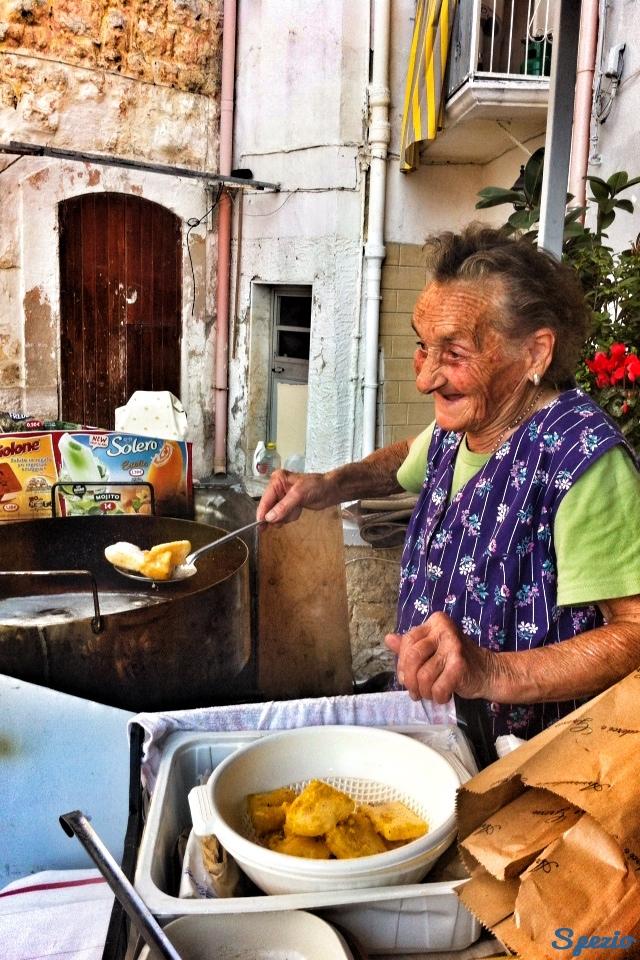 Tanie jedzenie w Bari - sgagliozze