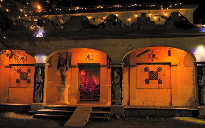Żywa szopka - rzymska świątynia
