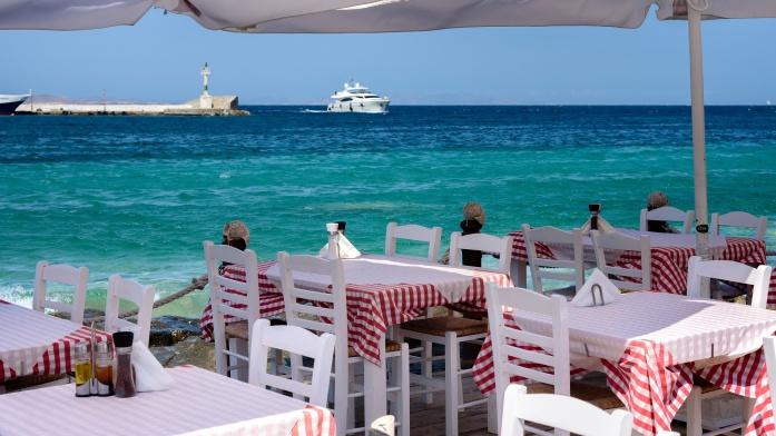 Apulia atrakcje - restauracja nad morzem