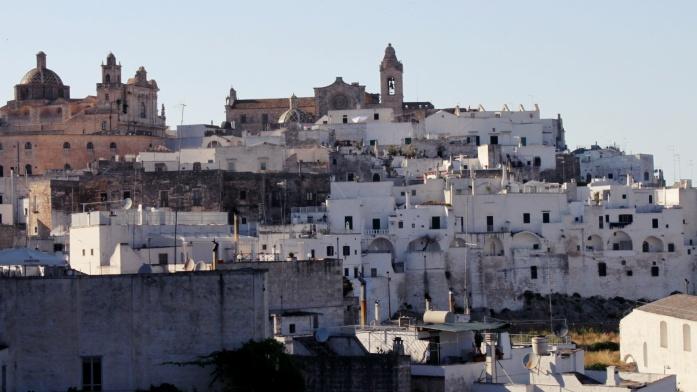 Zwiedzanie Apulii samochodem - Ostuni