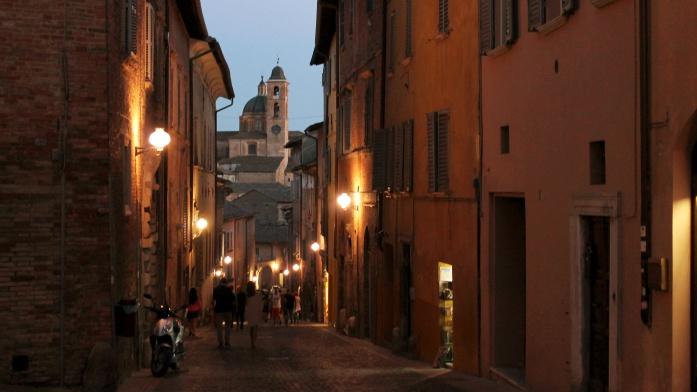 Apulia samochodem - Urbino