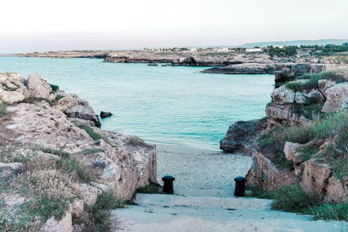 Plaże w Monopoli - Cala Scaletta